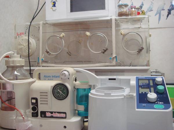 保育器、保温ケース、ネブライザー、吸入器